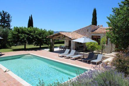 Vakantiehuis-met-zwembad-Lorgues
